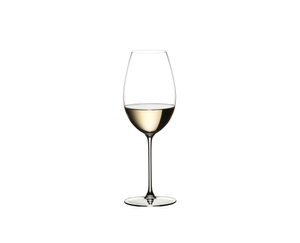 RIEDEL Veritas Restaurant Sauvignon Blanc filled with a drink on a white background