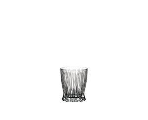 RIEDEL Tumbler Collection Fire Whisky auf weißem Hintergrund