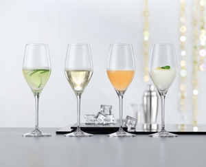 SPIEGELAU Authentis Champagne Flute in use