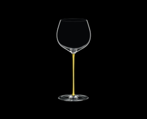 RIEDEL Fatto A Mano Oaked Chardonnay Yellow on a black background