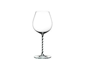 RIEDEL Fatto A Mano Pinot Noir Black & White R.Q. on a white background
