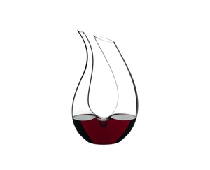 RIEDEL Decanter Amadeo Mini filled with a drink on a white background