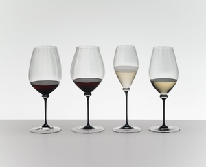 RIEDEL Fatto A Mano Performance Pinot Noir Black Stem in the group