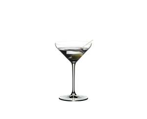 RIEDEL Extreme Restaurant Cocktail filled with a drink on a white background