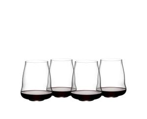 SL RIEDEL Stemless Wings Pinot Noir/Nebbiolo rempli avec une boisson sur fond blanc