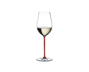 RIEDEL Fatto A Mano Riesling/Zinfandel Red filled with a drink on a white background