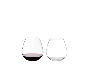 One red wine filled and one unfilled RIEDEL O Wine Tumbler Pinot/Nebbiolo side by side on white background