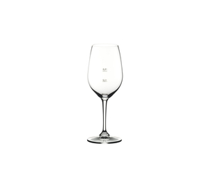RIEDEL Restaurant Riesling/Zinfandel Pour Line CE on a white background