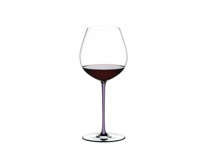 RIEDEL Fatto A Mano Pinot Noir Opal Violet filled with a drink on a white background