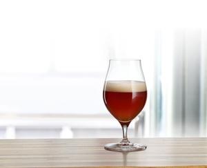 SPIEGELAU Craft Beer Glasses Barrel Aged Beer in use