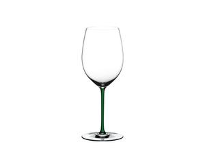 RIEDEL Fatto A Mano R.Q. Cabernet/Merlot Green on a white background