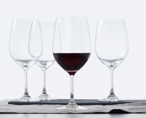 SPIEGELAU Vino Grande Bordeaux in use