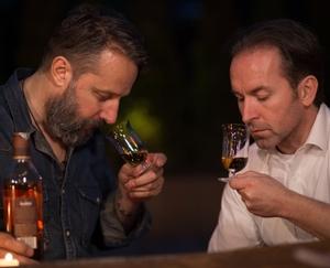 RIEDEL Sommeliers Single Malt Whisky in use