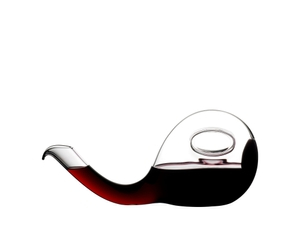 RIEDEL Decanter Escargot R.Q. filled with a drink on a white background