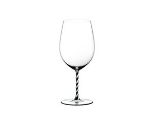 RIEDEL Fatto A Mano Bordeaux Grand Cru Black & White R.Q. con fondo blanco