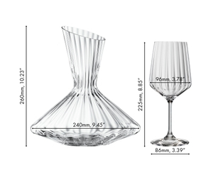 An unfilled Spiegelau Lifestyle Decanter on white background. A red line indicates the level of 750ml wine.