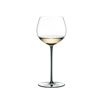 RIEDEL Fatto A Mano Oaked Chardonnay Green filled with a drink on a white background