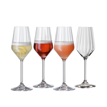 SPIEGELAU Lifestyle Sparkling Cocktail filled with a drink on a white background