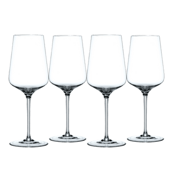 NACHTMANN ViNova Redwine Glass on a white background