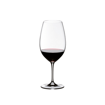 RIEDEL Vinum Restaurant Syrah/Shiraz filled with a drink on a white background