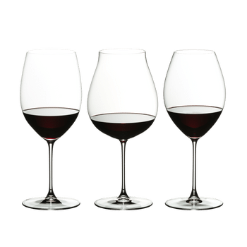 RIEDEL Veritas Red Wine Tasting Set filled with a drink on a white background