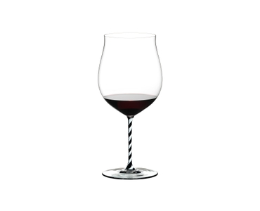 RIEDEL Fatto A Mano Burgundy Grand Cru Black & White filled with a drink on a white background