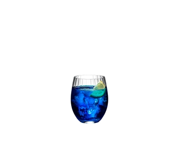 RIEDEL Mixing Tonic Set filled with a drink on a white background