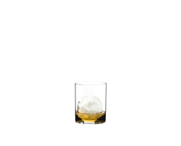 RIEDEL Bar Whisky filled with a drink on a white background