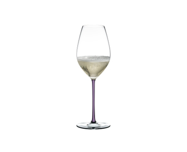 RIEDEL Fatto A Mano Champagne Wine Glass Opal Violet filled with a drink on a white background
