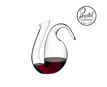RIEDEL Decanter Ayam Mini filled with a drink on a white background