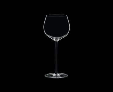RIEDEL Fatto A Mano Oaked Chardonnay Black on a black background
