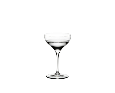 RIEDEL Grape@RIEDEL Martini filled with a drink on a white background