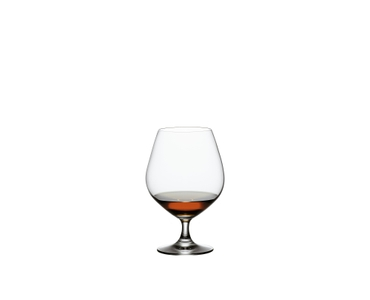 SPIEGELAU Vino Grande Cognac filled with a drink on a white background