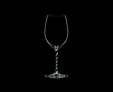 RIEDEL Fatto A Mano Cabernet/Merlot Black & White on a black background
