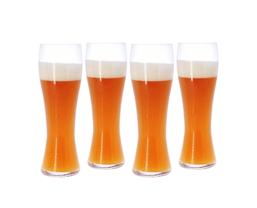 SPIEGELAU Beer Classics Wheat Beer filled with a drink on a white background