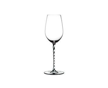 RIEDEL Fatto A Mano Riesling/Zinfandel Black & White on a white background