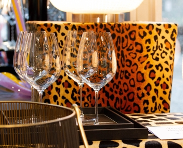 RIEDEL Performance Restaurant Cabernet in use