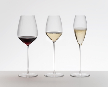 RIEDEL Max Champagne Glass in the group
