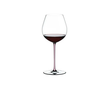 RIEDEL Fatto A Mano Pinot Noir Pink R.Q. filled with a drink on a white background