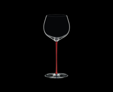 RIEDEL Fatto A Mano R.Q. Oaked Chardonnay Red on a black background