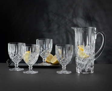 NACHTMANN Noblesse Pitcher in use