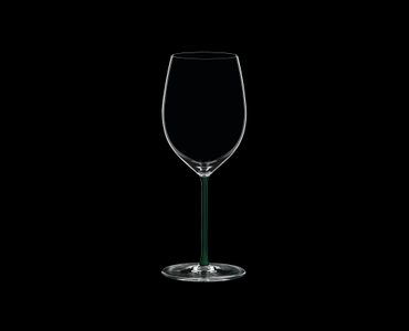 RIEDEL Fatto A Mano R.Q. Cabernet/Merlot Green on a black background