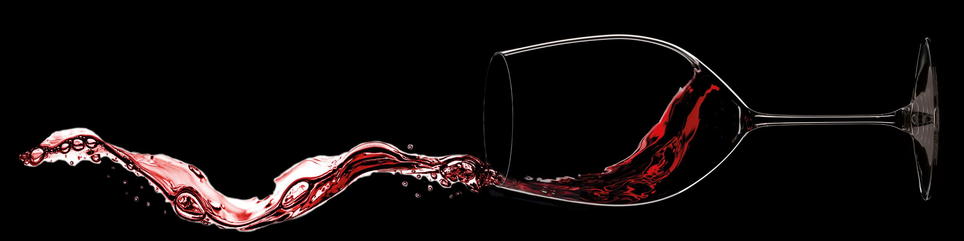 Horizontal RIEDEL Veritas Cabernet glass