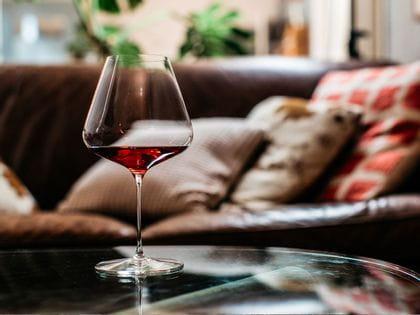 Spiegelau Definition Burgandy Glass Blog Image 1280x960