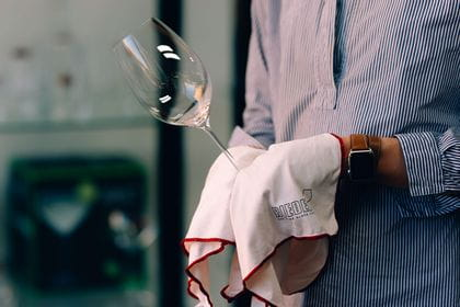 RIEDEL Glass Cleaning