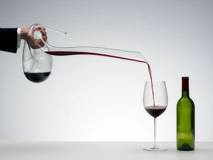 Riedel Eve Decanter decanting red wine