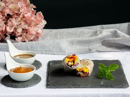 Summer rolls and Champagne rosé - an exotic duo