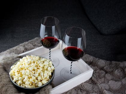 Movie time with RIEDEL Fatto A Mano Black & White