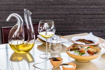 RIEDEL Veritas Oaked Chardonnay and RIEDEL Decanter Ayam