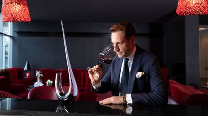 Riedel-Winewings-Decanter-with-Maximilian-Riedel